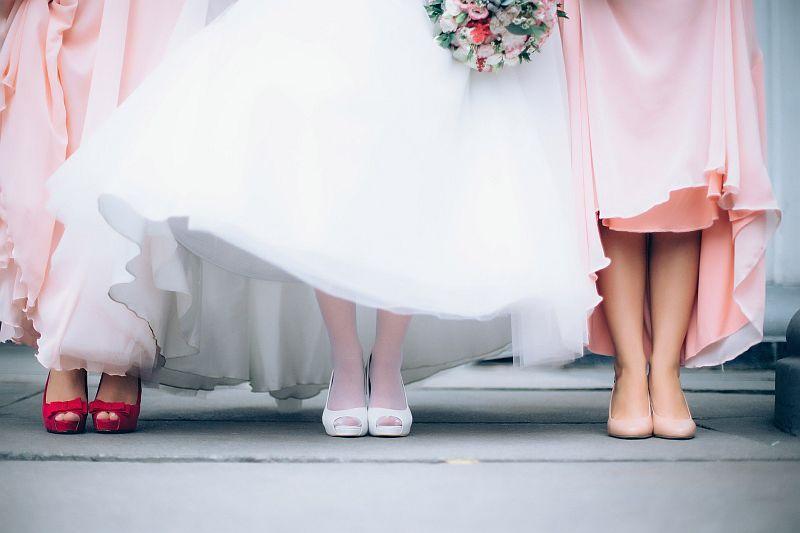 Buty dopasowane do sukienki