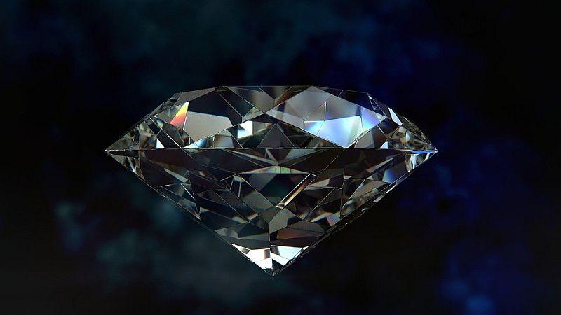 Sklep z biżuterią - jaki wybrać?