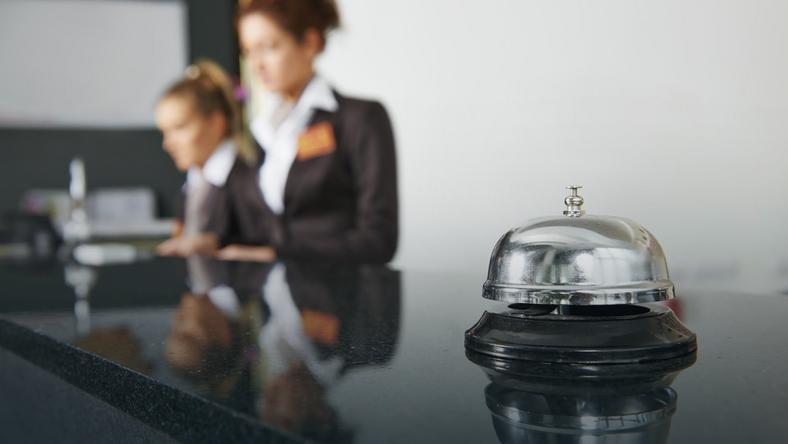 Kompetencje, które mogą zwiększyć Twoje szanse na zatrudnienie jako recepcjonista